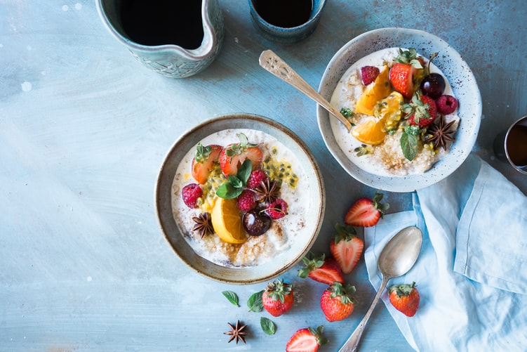 The concept of eating healthy and leading a fit life had taken over the world. While the end goal might be the same, everyone had a different plan set in motion. In this article, we will discuss the top new diet trends for 2021.